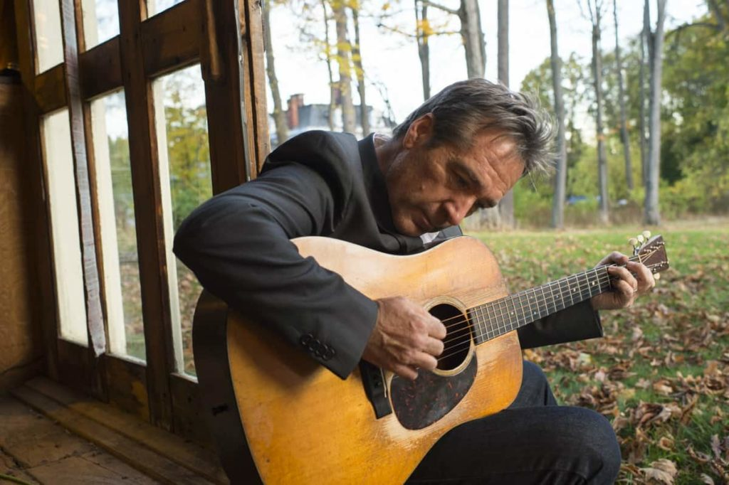 Folk singer / songwriter Richard Shindell has joined a long lineup of folk legends in the Troubador series at the Guthrie Center in Great Barrington.